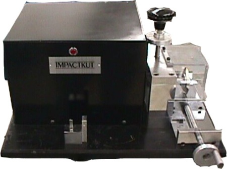 Impactmill for notching plastic izod and charpy test bars